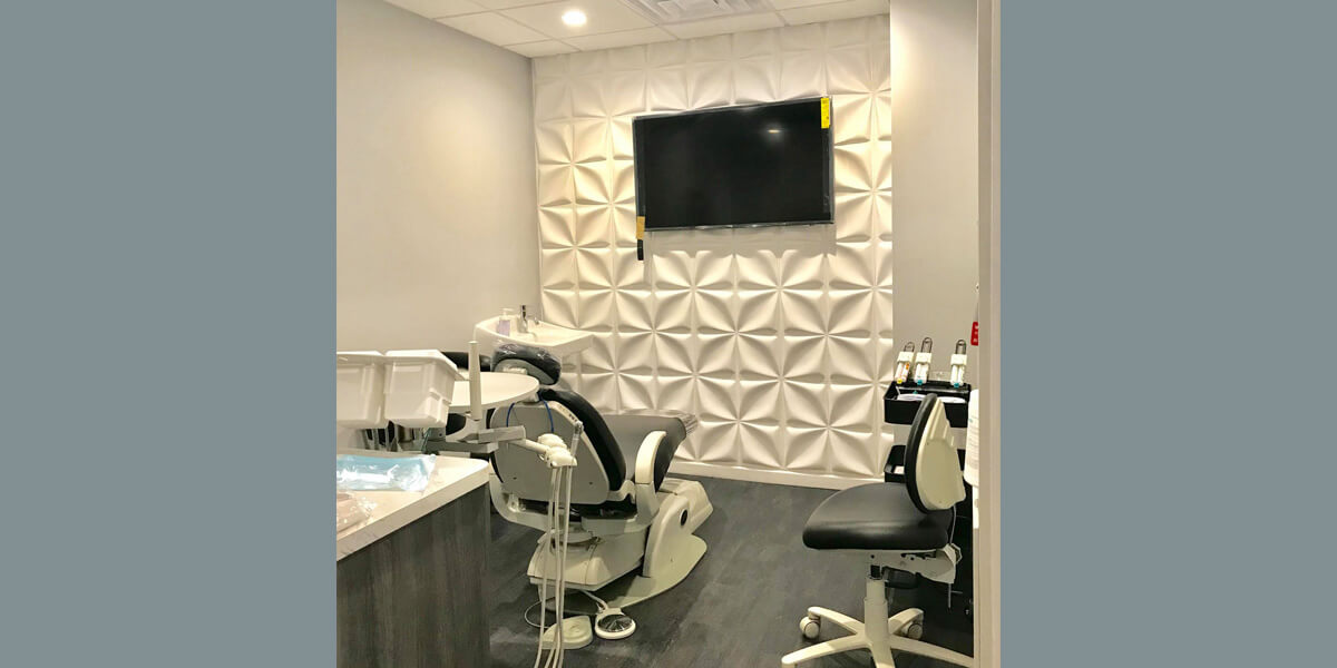 An operatory room inside Queensboro Plaza Dental Care in Long Island City